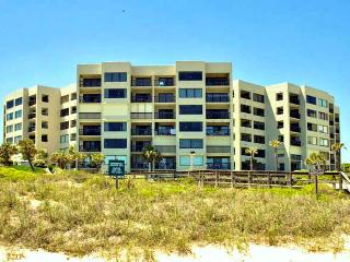 Best 2 BR Condo, Surf + Racquet Summer Closeout - Fernandina Beach vacation rentals