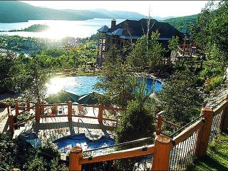 Beautiful View of Lake Tremblant - Walking Distance from the Village (6076) - Mont Tremblant vacation rentals