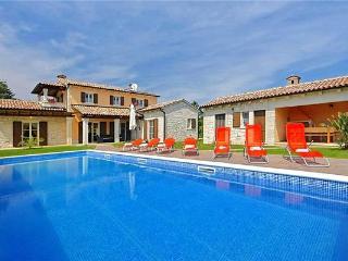 Villa in Tinjan, Istria, Kringa, Croatia - Kringa vacation rentals