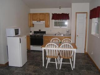 The Robin Cottage - Tidal River Ridge - Parrsboro vacation rentals