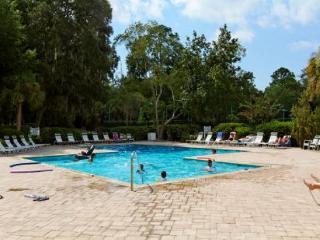 Evian 135, 2nd floor, 2 bedroom golf views, pool, tennis, Shipyard Plantation - South Carolina vacation rentals