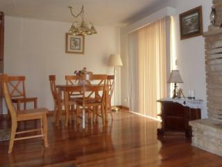 Beautiful House with Deck and Dishwasher - Cherokee Village vacation rentals
