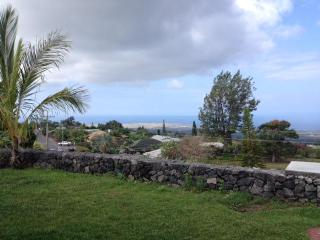 SUMMER SPECIAL PANORAMIC OCEAN CITY VIEW - Kailua-Kona vacation rentals