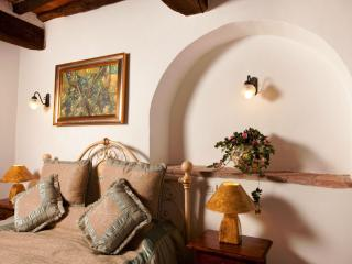 La Mucchia casa vacanze (Family suite 3) - Cortona vacation rentals