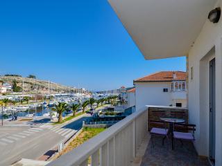 Apartments Jakov - 44031-A3 - Marina vacation rentals
