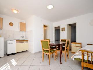 Apartments Frano - 44821-A1 - Marina vacation rentals