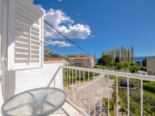 Apartments and Rooms Nikola - 45181-S3 - Omis vacation rentals