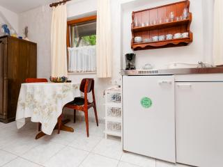 Apartments Franka - 45841-A2 - Splitska vacation rentals