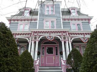 The Olde Victoria B&B - Carbondale vacation rentals