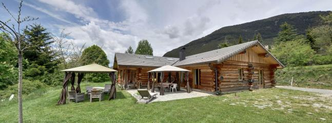 Bright 5 bedroom Chalet in Valdeblore with Internet Access - Valdeblore vacation rentals