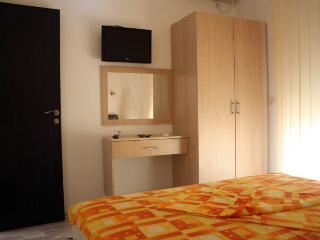 Apartments Milica - 92631-A3 - Sutomore vacation rentals