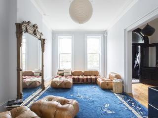 Hoyt Townhouse - New York City vacation rentals