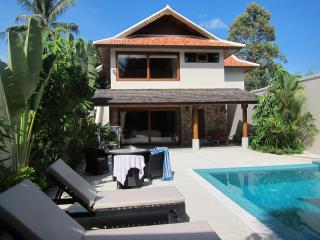 MooKhao Private Garden Large 4 Bed Villa and Pool - Koh Samui vacation rentals