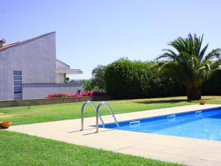 Nice House with Internet Access and Tennis Court - Caminha vacation rentals