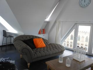 Perfect 2 bedroom Penthouse in Ypres - Ypres vacation rentals