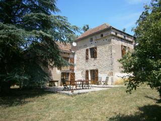 Mille Founs Verfeil - Saint-Antonin Noble Val vacation rentals