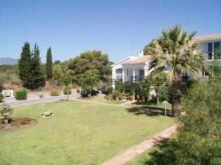 Patio Alcornocal - Cancelada vacation rentals