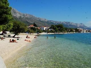 Apartment Luka III - Kastel Stari vacation rentals