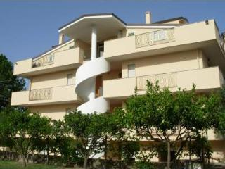 Nice Condo with Balcony and A/C - Davoli vacation rentals