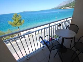 Bed and breakfast in Zaostrog, Croatia (unit 206) - Zaostrog vacation rentals