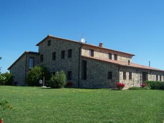 Cozy 2 bedroom Volterra Condo with Shared Outdoor Pool - Volterra vacation rentals
