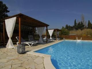 Comfortable 2 bedroom Gite in Loriol-du-Comtat - Loriol-du-Comtat vacation rentals