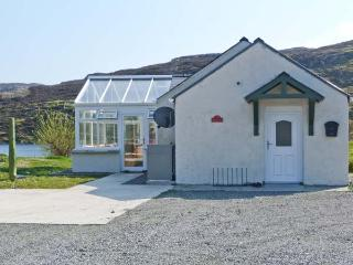 OLD MISSION HALL, pets welcome, woodburner, loch views, romantic retreat, near Cromore on Isle of Lewis, Ref. 14263 - Isle of Lewis vacation rentals