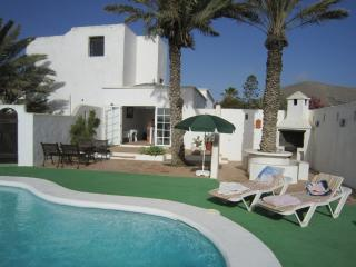 La Bodega  - Private heated pool & indoor Jacuzzi - La Vegueta vacation rentals