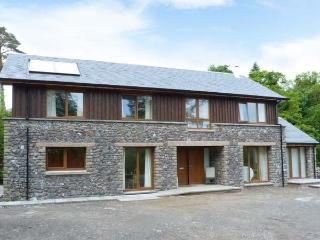 WOODLAND VILLA, pretty woodland surroundings, woodburning stove, Ref 905790 - Oban vacation rentals