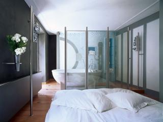 A Montmartre Luxury Studio Loft - Paris vacation rentals