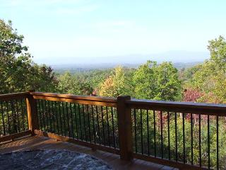 Spectacular Long Range Mountain Views - Mineral Bluff vacation rentals