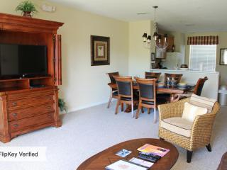 Vista Cay Townhome..Luxury Resort..Great Location! - Orlando vacation rentals