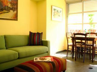 Perfect Condo with Internet Access and A/C - Tel Aviv vacation rentals