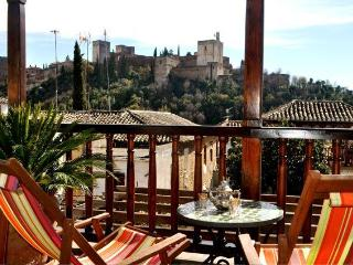 3 BR Family home in vibrant ALBAYZIN - VIEWS  WIFI - Granada vacation rentals