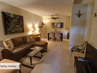 Remodeled Comfortable Quiet 1 BR Condo - Palm Springs vacation rentals