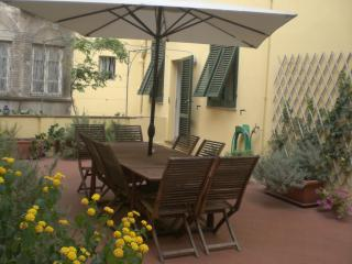 Apartment Santa Zita terrace - Apartment Santa Zita from Destination Lucca - Lucca - rentals