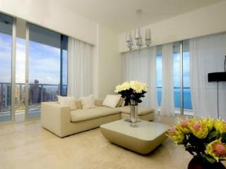 San Francisco and Av. Balboa apartments - Panama City vacation rentals