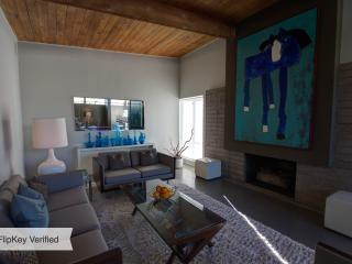 Hip and Luxurious Mid Century Alexander Home - Palm Springs vacation rentals