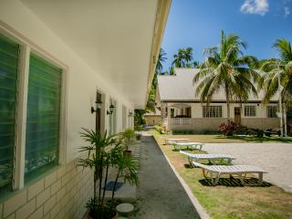 Panglao Villa Bohol, perfect for family reunion - Panglao vacation rentals