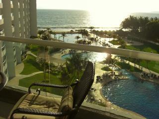 Villa Magna 6th Floor Amazing View condo!! - Nuevo Vallarta vacation rentals