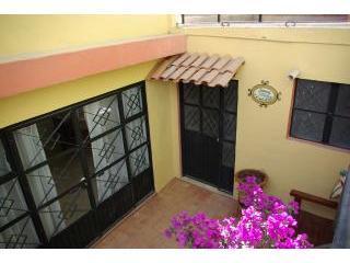 Lower Entrance - Casita de Cata - Guanajuato - rentals