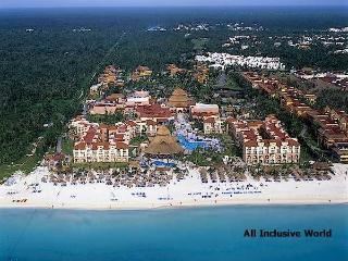 Dec 2010 Gran Caribe Real Family Resort: Cancun - Playa del Carmen vacation rentals