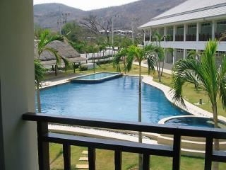 Two bed town house overlooking hills in Hua Hin - Hua Hin vacation rentals