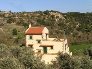 Villa Maria - 2 bedroom villa with mountain view - Cretan Hospitality - Rethymnon vacation rentals