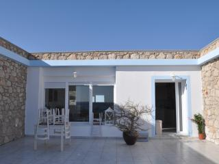 Cozy 3 bedroom Villa in Karpathos with Balcony - Karpathos vacation rentals