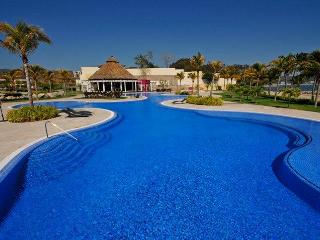Villa 115 with private pool in beachfront B NAYAR - La Cruz de Huanacaxtle vacation rentals
