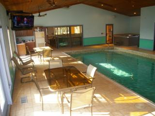 Indoor Heated Pool- Sleeps 14-16   near Notre Dame - Mishawaka vacation rentals