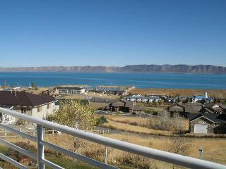 2 bedroom Condo Overlooking Bear Lake,Utah - Puerto Penasco vacation rentals