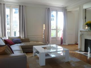 Saint Germain - Two bedrooms - Paris vacation rentals