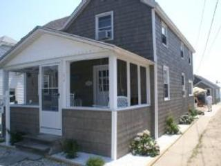The Sharlene Cottage - Clinton vacation rentals